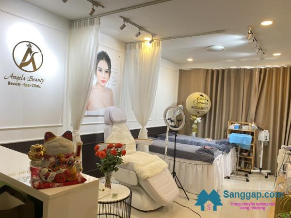 Sang nhượng HomeSpa cao cấp nằm trong khu chung cư bậc nhất đường Bến Vân Đồn, quận 4.