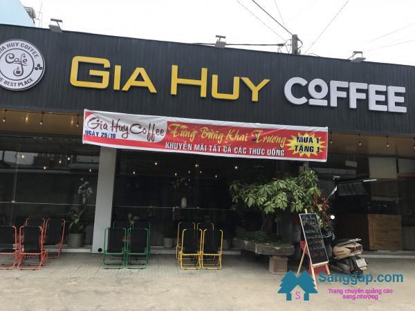 Sang quán cà phê nằm mặt tiền đường ở khu dân cư Thuận Giao, Bình Dương.