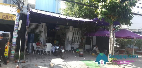 sang nhanh quán cafe nằm mặt tiền đường, khu dân cư đông đúc, trung tâm huyện Hóc Môn.