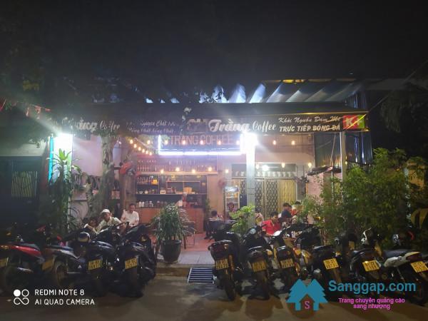 Sang nhanh quán cafe nằm khu dân cư đông, trung tâm quận Gò Vấp.